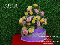 Thùng tiền bánh kem trắng trang trí hoa ren màu tím