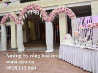 Cổng cưới ba khung chưa kết hoa