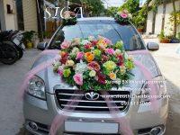 Chuyên thiết kế mẫu hoa trang trí xe hơi theo yêu cầu