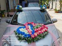 Kết hoa trang trí xe cô dâu mẫu mới