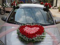Thiết kế hoa trái tim cho xe cô dâu giá rẻ